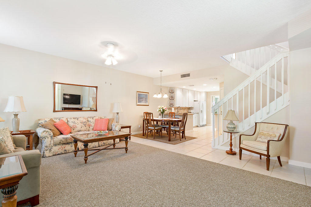 137 Radcliffe Court  - Abacoa Homes - photo 5