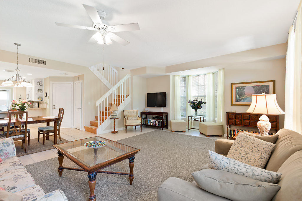 137 Radcliffe Court  - Abacoa Homes - photo 6