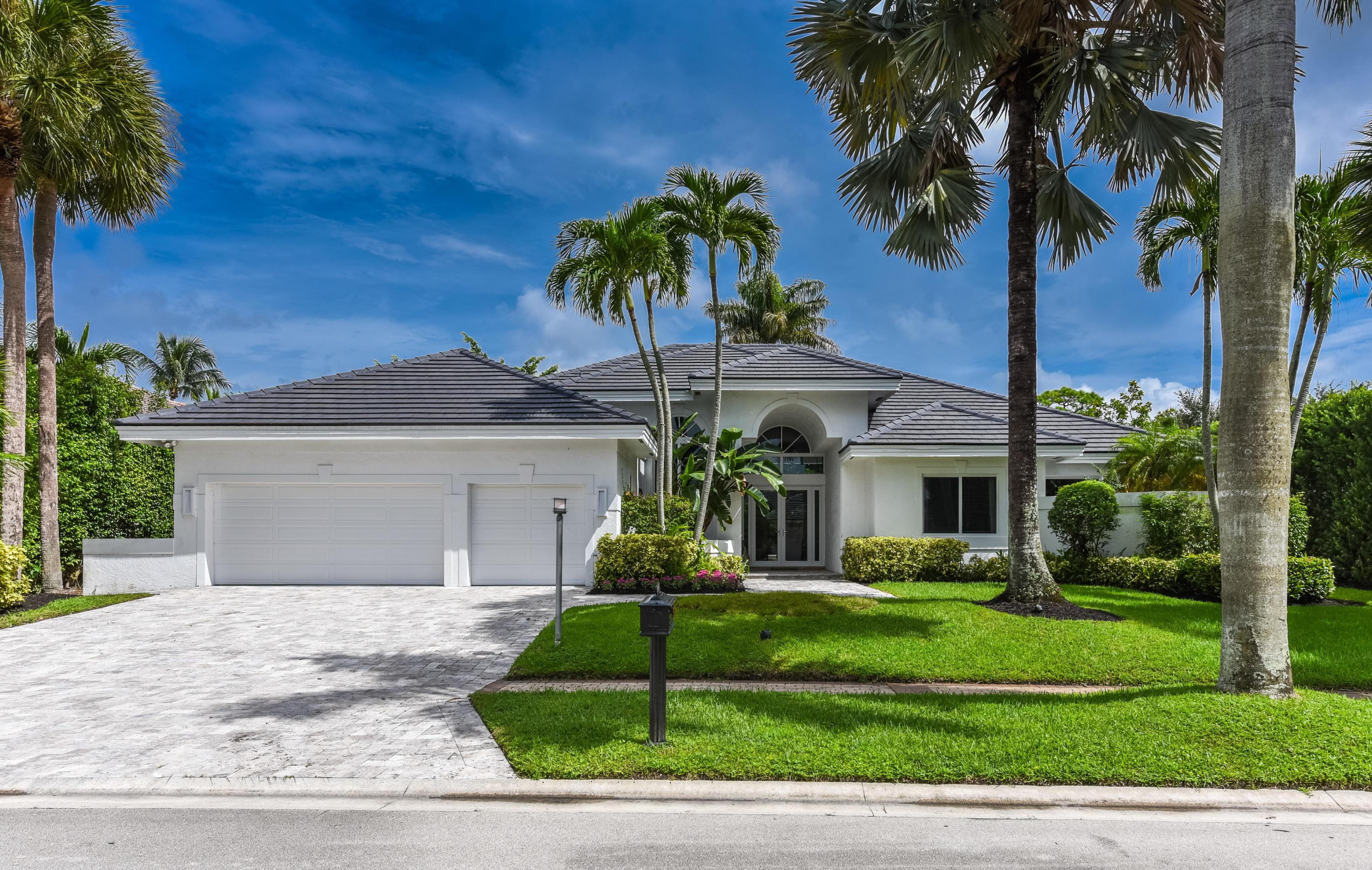 Boca Raton: St. Andrews - listed at 1,475,000 (17576 Scarsdale Wy)