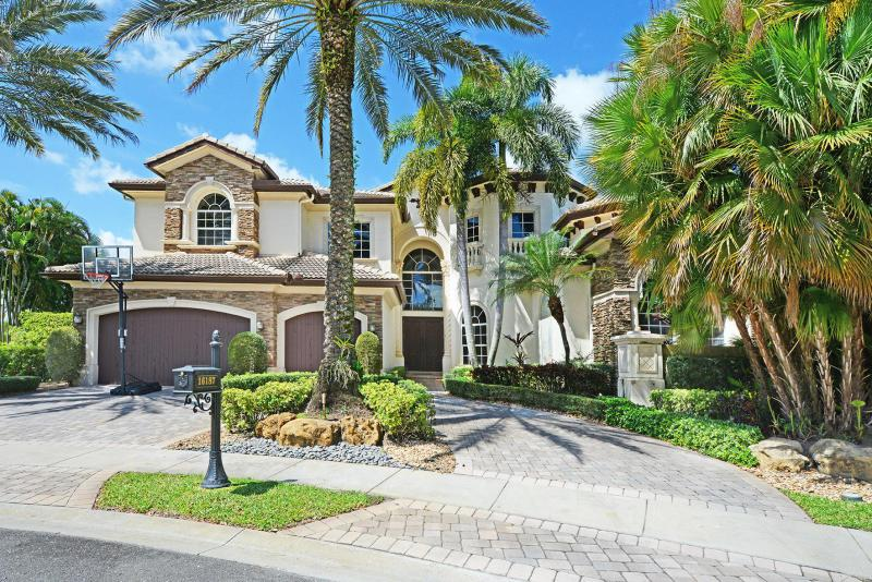 Delray Beach: Andalucia - listed at 1,699,000 (16187 Andalucia Lane)