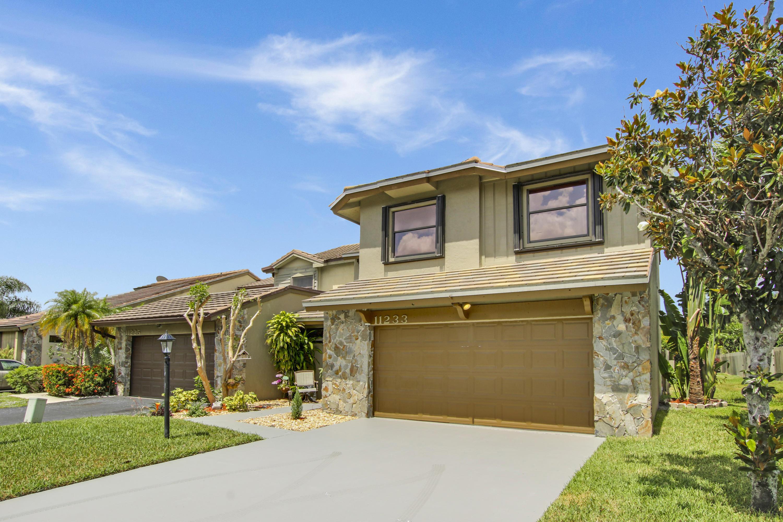 11233 Thyme Drive  Palm Beach Gardens FL 33418