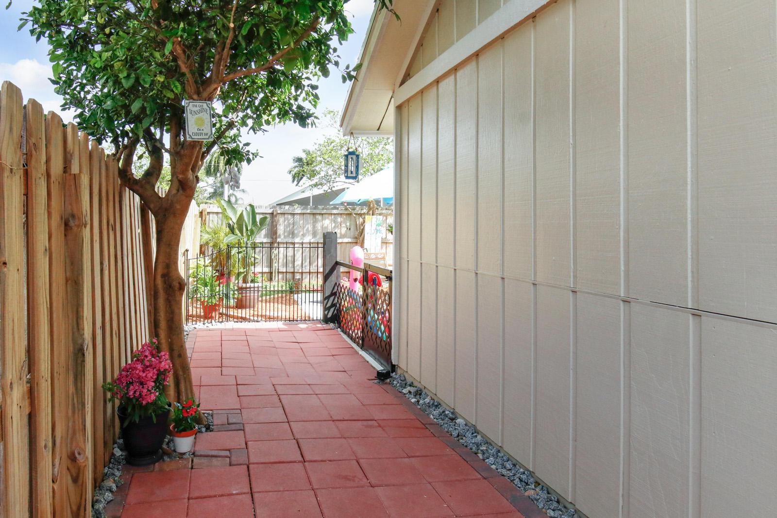 6319 Garrett Street  - Abacoa Homes - photo 21