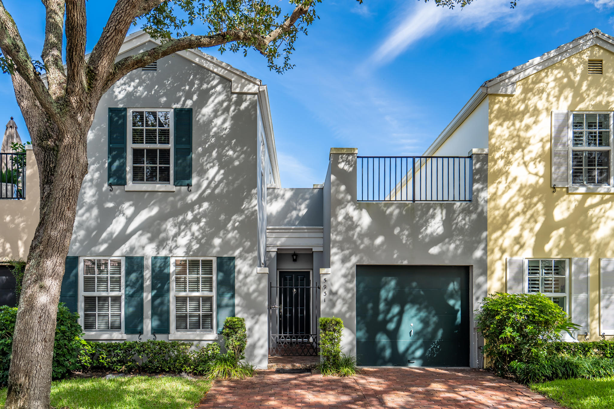 Boca Raton: Charleston Place - listed at 420,000 (5931 Catesby St)