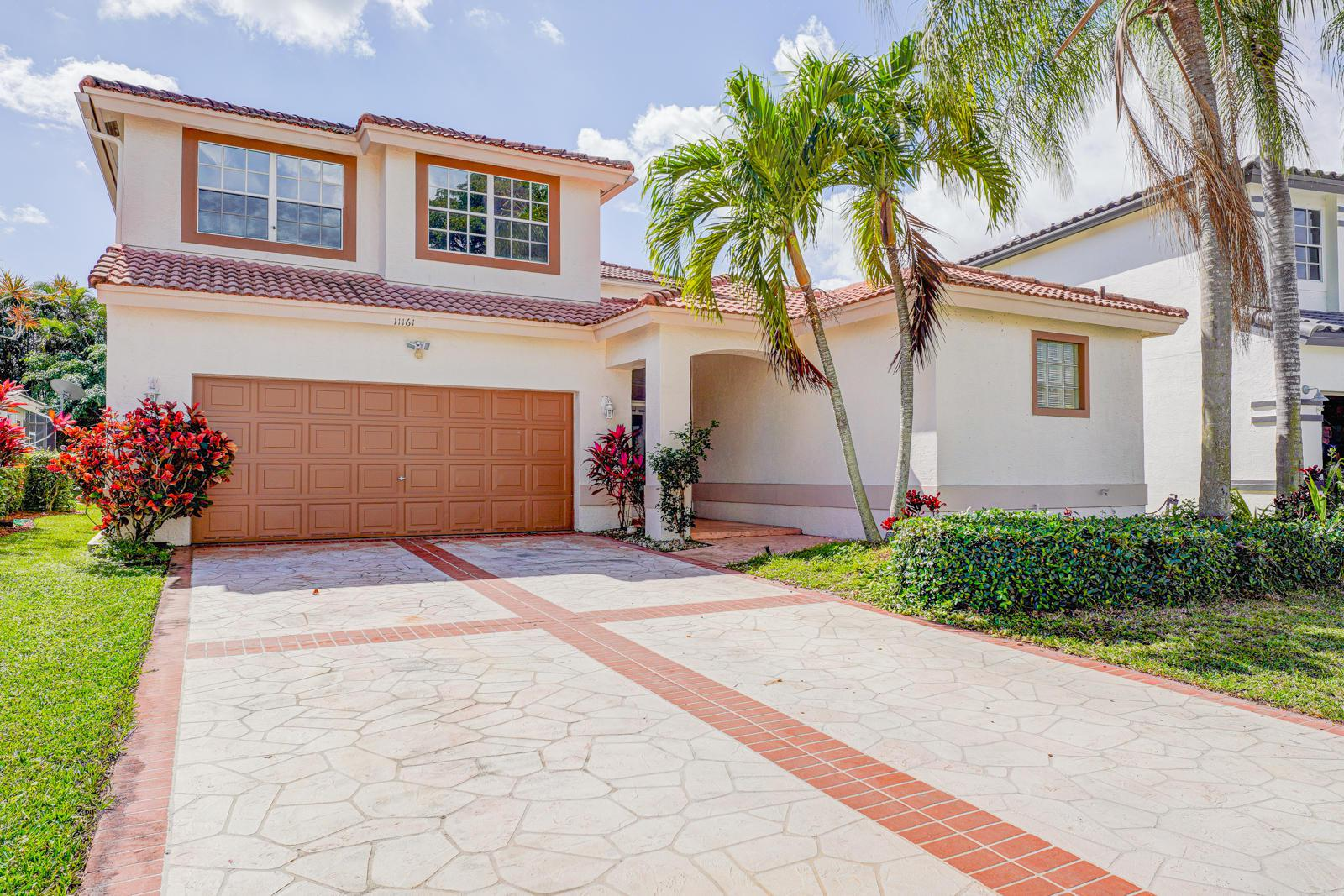 Boca Raton: Harbour Springs - listed at 420,000 (11161 Harbour Springs Cir)