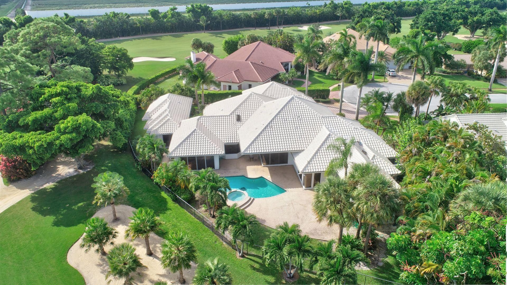 Boca Raton: St. Andrews - listed at 1,095,000 (7938 Wellwynd Wy)